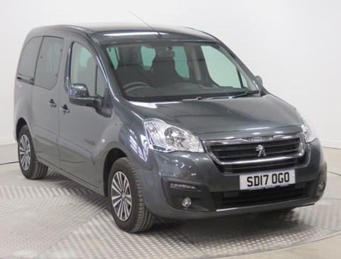 Used Wheelchair Accessible Peugeot Partner 1.6BlueHDi 100 Active manual