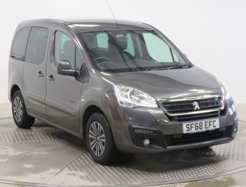 Nearly New WAV Peugeot Partner 1.6BlueHDi 100 Active manual diesel