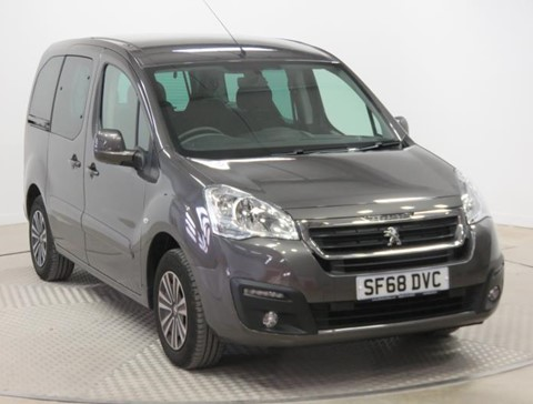 Used Wheelchair Accessible Peugeot Partner 1.6 VTi Active manual petrol