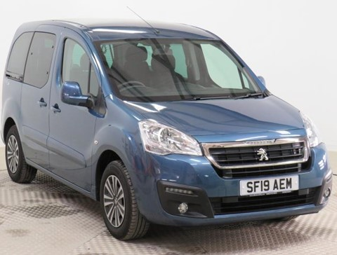 Used Wheelchair Accessible Peugeot Partner 1.6BlueHDi 100 Active manual 4 seater
