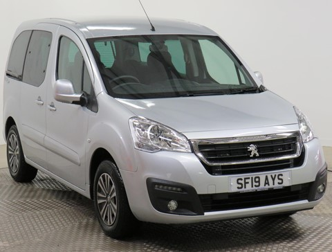 Used Wheelchair Accessible Peugeot Partner 1.6 Blue HDi Active manual