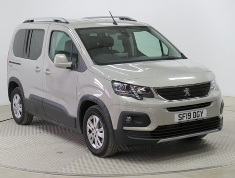 Used Wheelchair  Accessible Peugeot Rifter 1.5BlueHDi 100 Allure manual