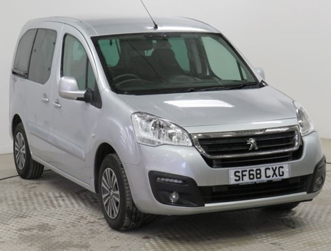 Nearly New WAV Peugeot Partner 1.6BlueHDi 100 Active automatic