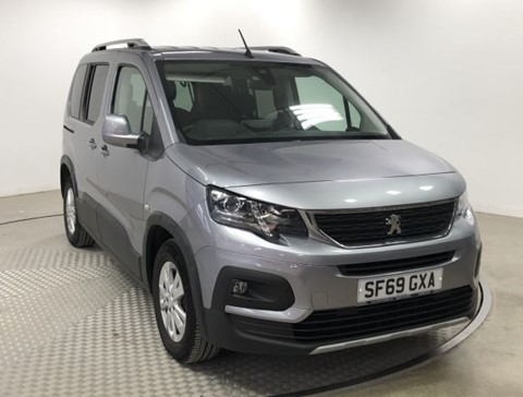 Nearly New WAV Peugeot Rifter 1.5D 100Alu RE manual 4 seats