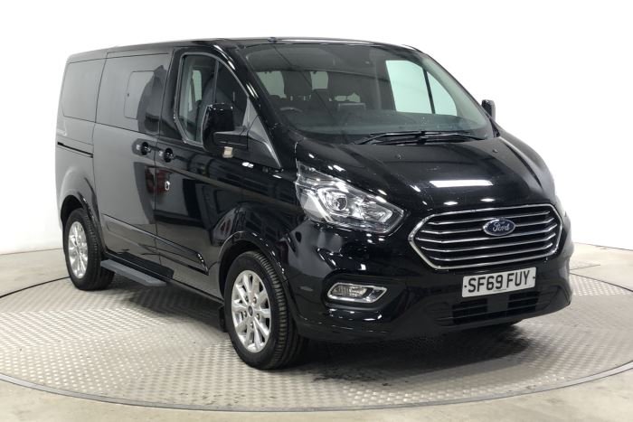 Nearly New WAV Ford Tourneo Custom Titanium 2.0 ltr Titanium L1  6 seats
